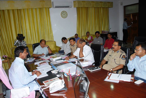 CM-KCR-review-meeting-on-construction-houses-to-poor-in-Hyderabad