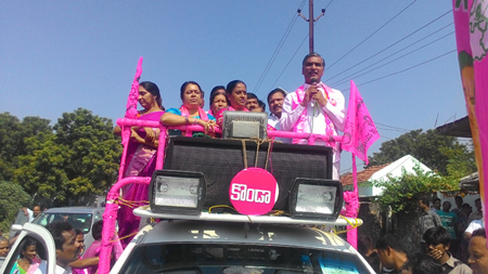 Harish-Rao-election-campaign-in-warangal-east04