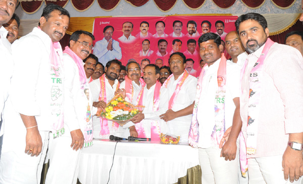 Eetela Rajendar in District president election in Mahabubnagar