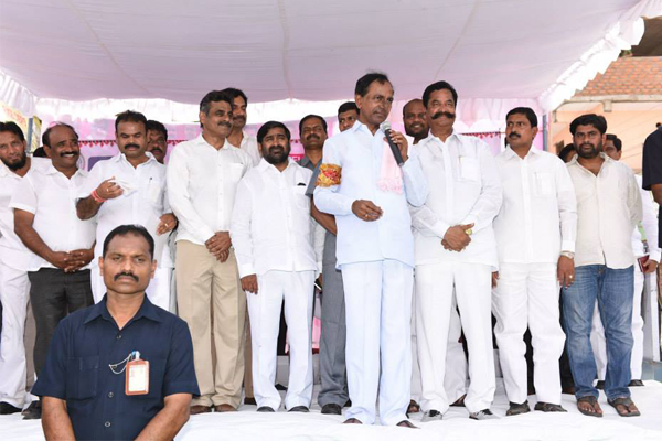 KCR visited Maheshwaram area as a part of swachh hyderabad