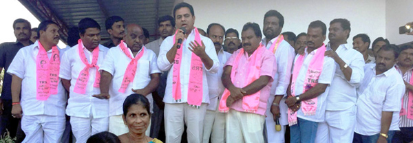 KTR-election-campaign-in-vardhannaper