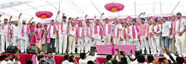 TRS-warangal-public-meeting