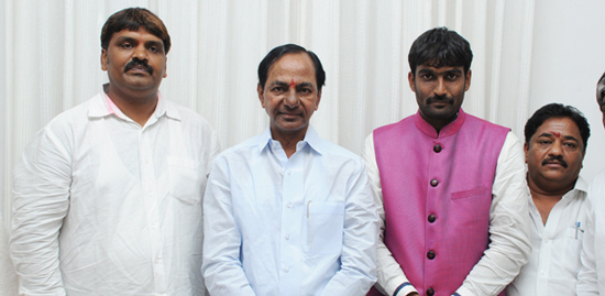CM-KCR-applauds-Mayor